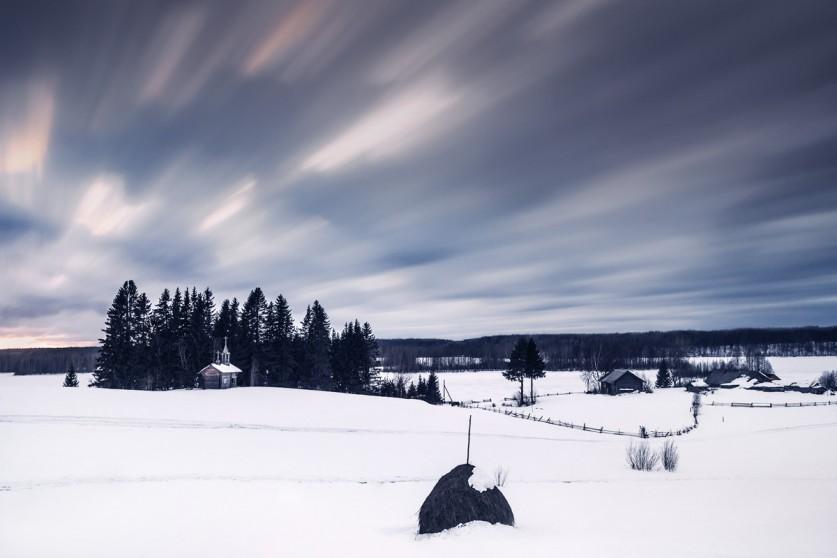 Деревня Мыза Зачасовней находится Священная роща. Священные рощи— это участки леса, которые имеют