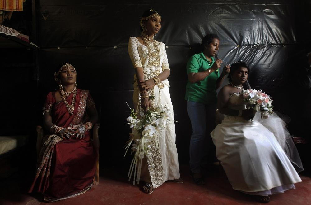 традиционные-свадебные-платья-фото3.jpg