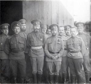 48. 1915. Генерал от инфантерии А. Ф. Рагоза с офицерами штаба 25-го армейского корпуса.Не ранее 13 (26) июля и не позднее 30 августа (12 сентября)