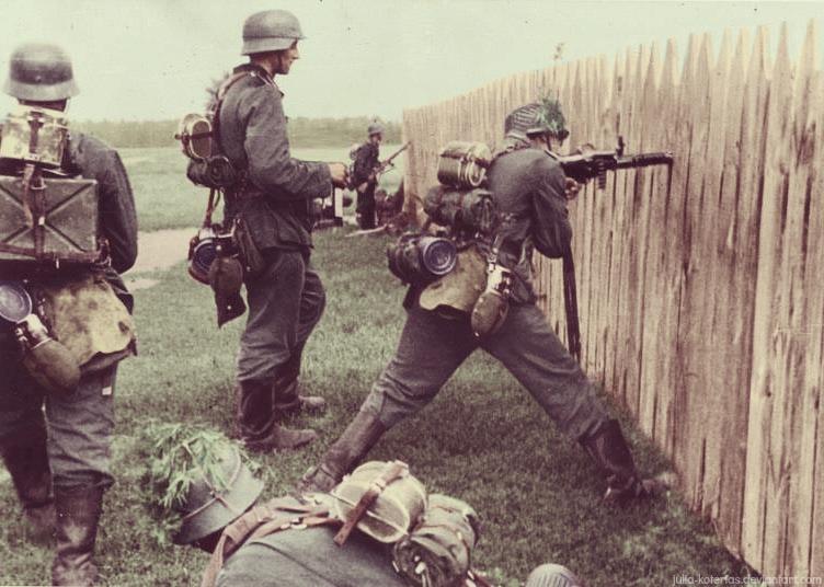 german_soldiers_4_by_julia_koterias-d8usjsf.jpg