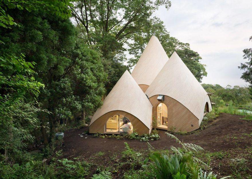 Японский архитектор построил для пенсионерок-бизнесменов домик мечты (11 фото)