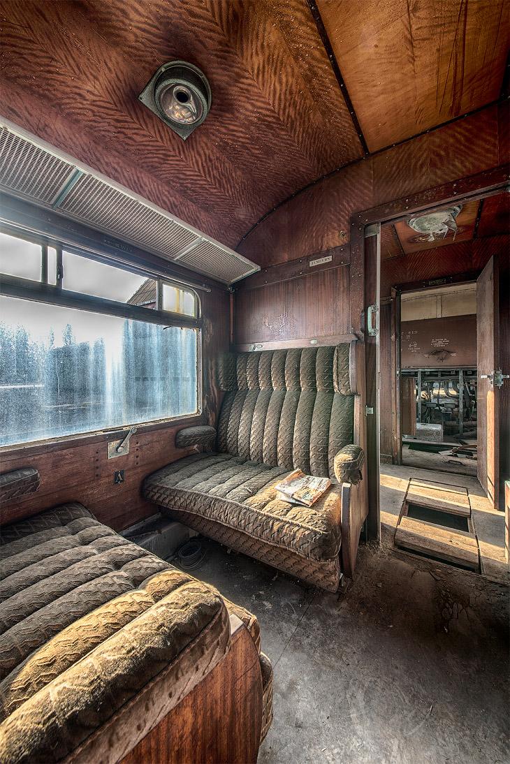 2. Уже позже «Восточным экспрессом» стали называть все европейские поезда-люкс, чьи одно-двухместные