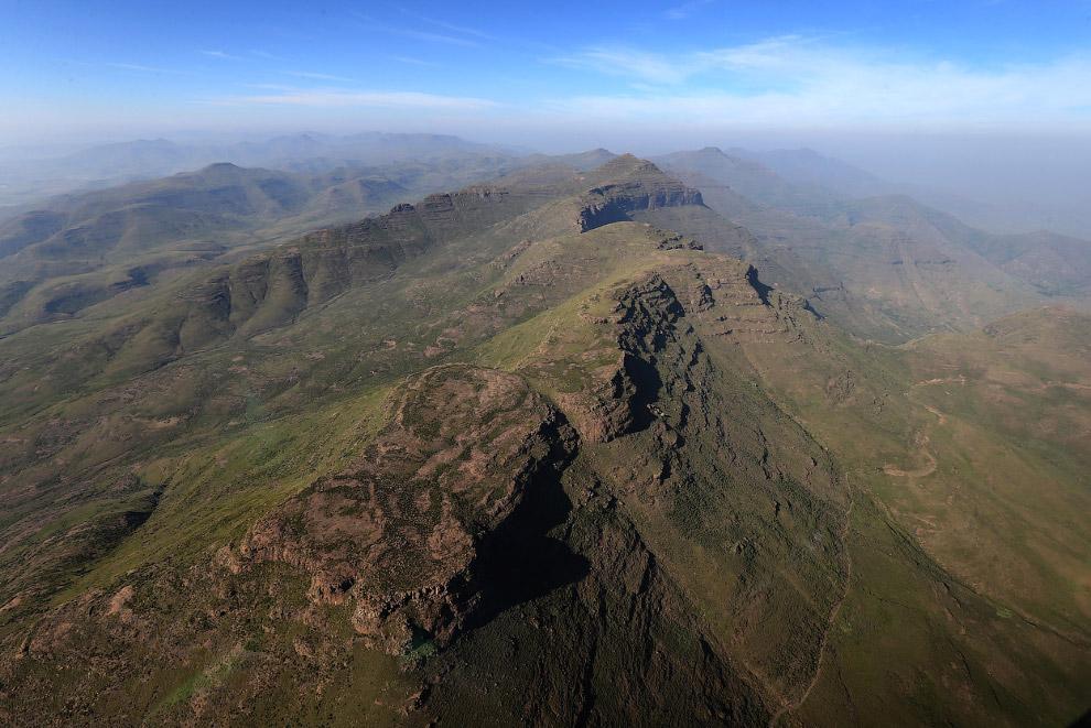 Истинная гордость Лесото — это наличие снега. Такое необычное для Африки явление может быть тол