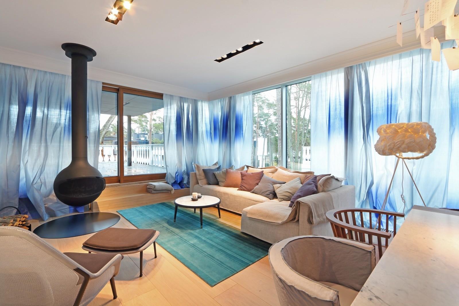 Проектная фирма OPEN AD — Architecture and Design оформила интерьер апартаментов ST в Юрмале,