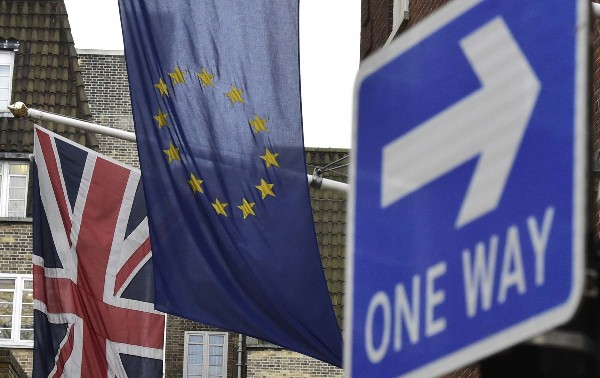 Великобритания может выйти изЕС, не уплатив 60млрдевро финансовых обязанностей