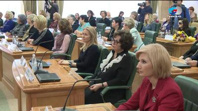 Руководство утвердило национальную стратегию винтересах женщин