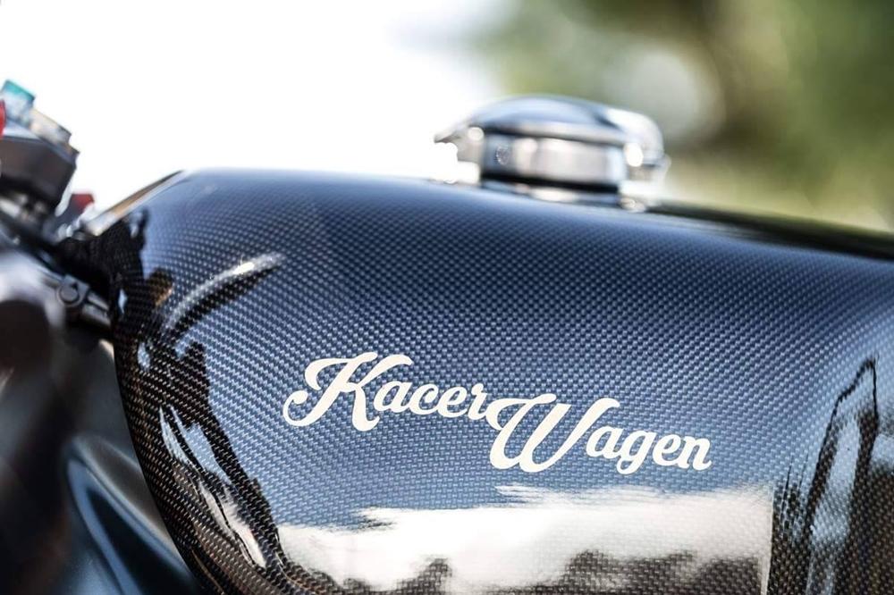 Kacerwagen: кастом Aprilia RSV4