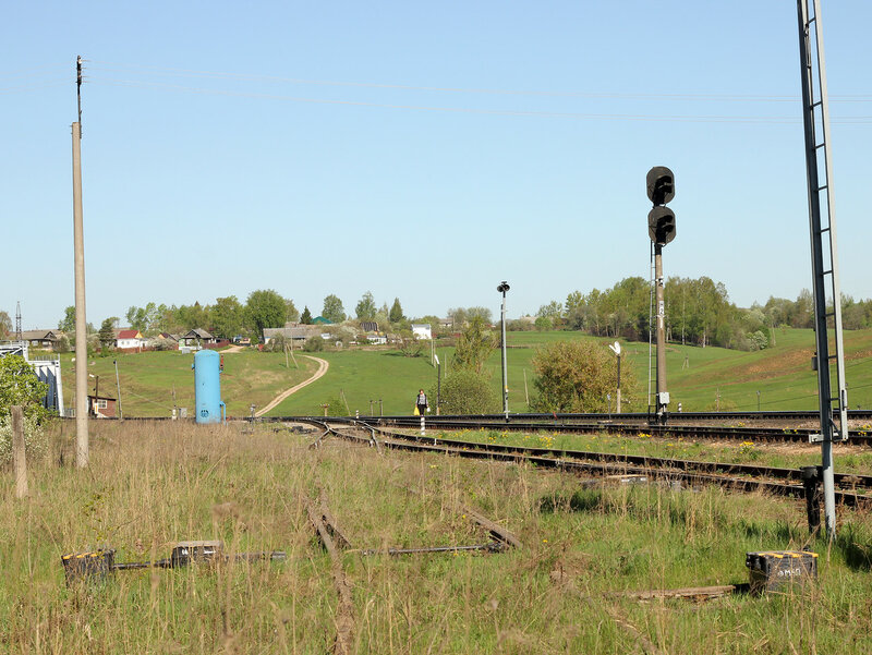 Заброшенный подъездной в ржеской горловине станции Зубцов, вид на Ржев