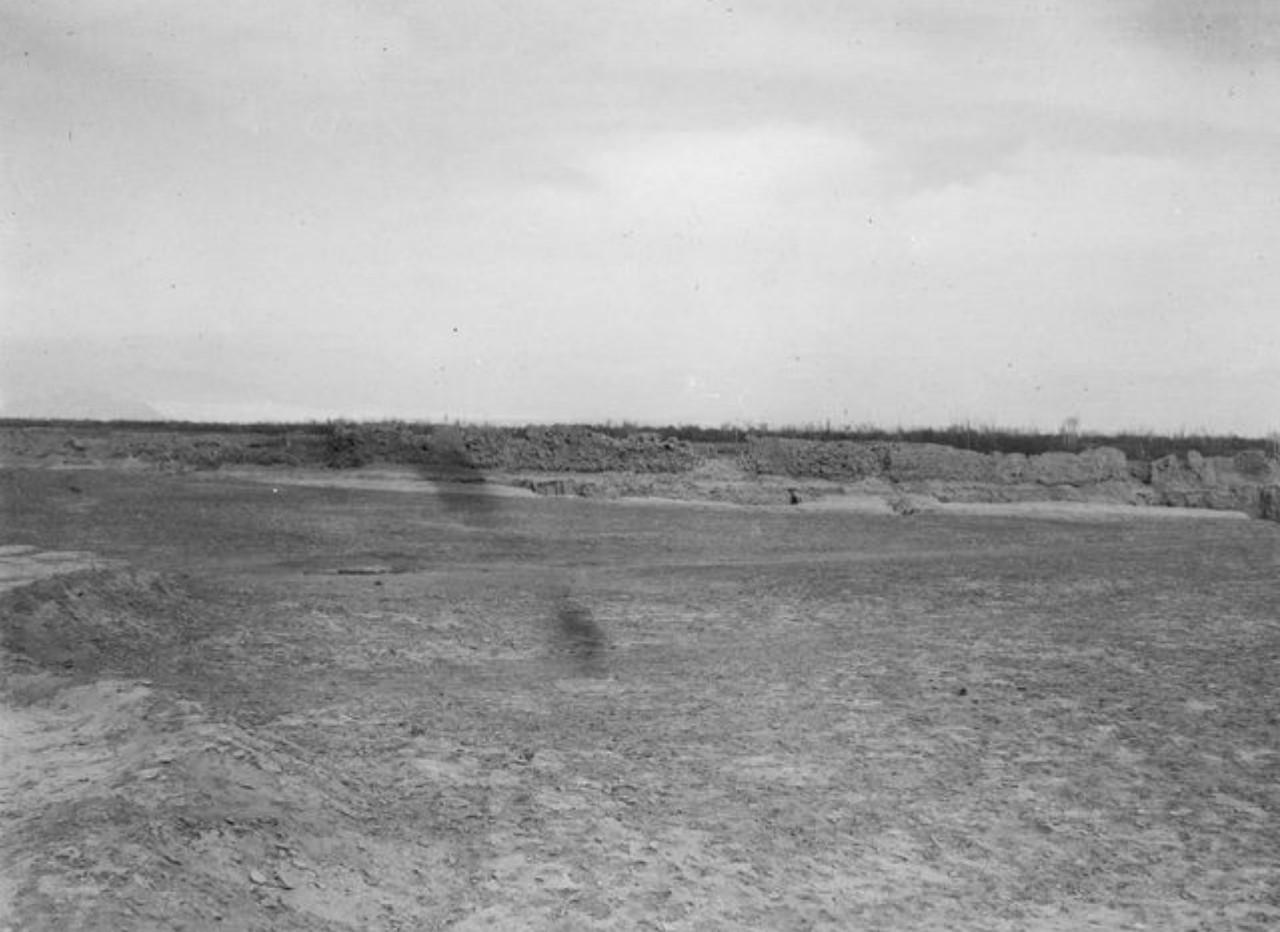 Развалины близ деревни в Кельпина. Вид с юго-запада