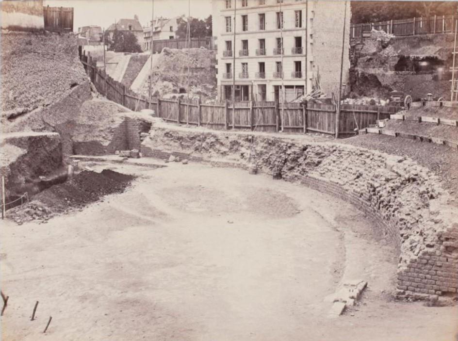 Раскопки целлы на рю Монж