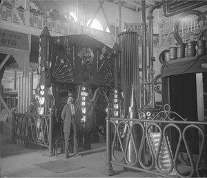 В павильоне Южнорусской областной сельскохозяйственной, промышленной и кустарной выставки. 1910