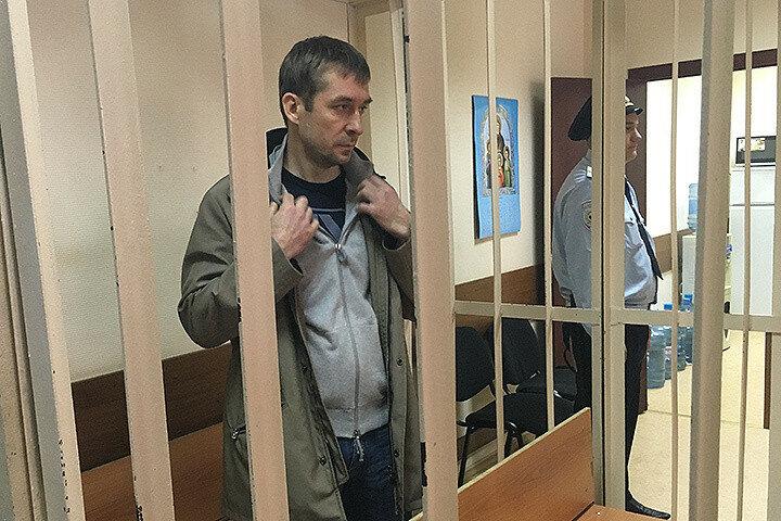 Полковник МВД Дмитрий Захарченко.jpg