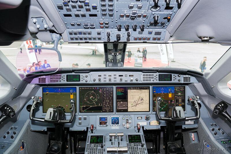 Gulfstream G280 (N280GU) Gulfstream Aerospace D807649