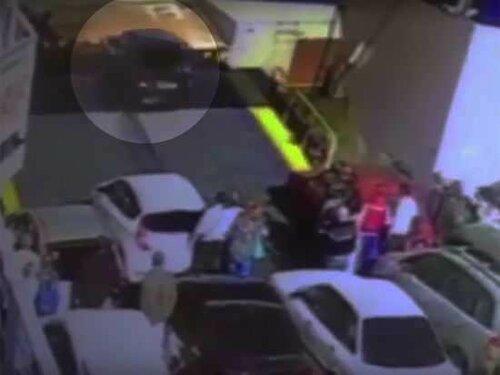 Нетерпеливый водитель утопил авто в Керченском проливе