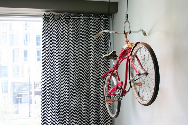 Фото: Emily Elizabeth Interior Design / Houzz.ru 8. На потолке Роликовая потолочная система подвесов
