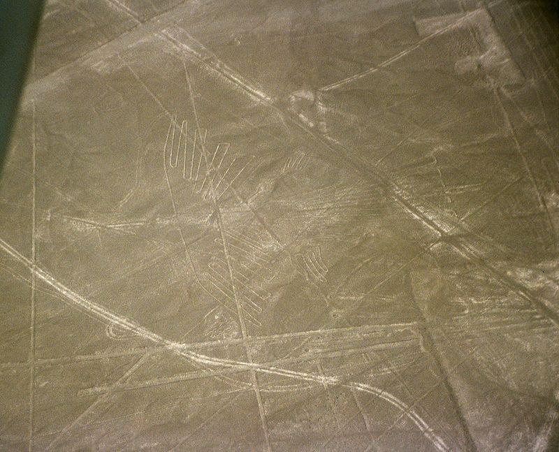 Ученые также спорят и о том, какую роль играли геоглифы в жизни индейцев. В разное время исследовате