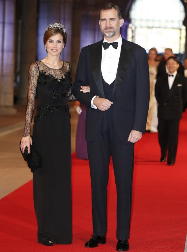 © East News  Супруга короля Испании Филиппа VIпрекрасная Летисия— светская львица, икона сти