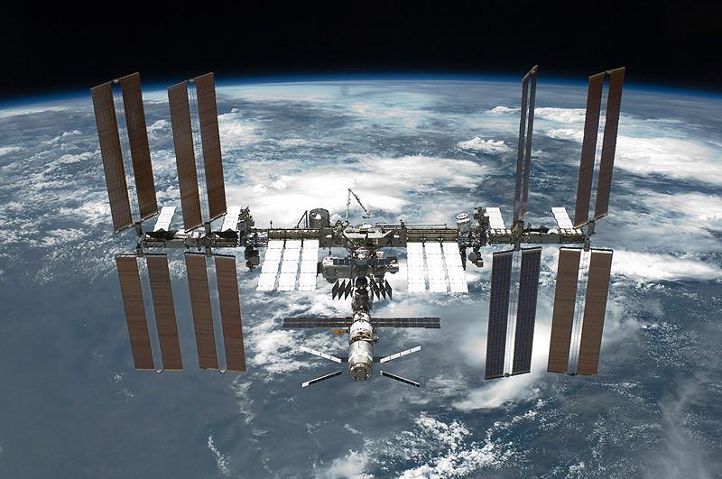5. Международная космическая станция Международная космическая станция (МКС) — не совсем здание, пос