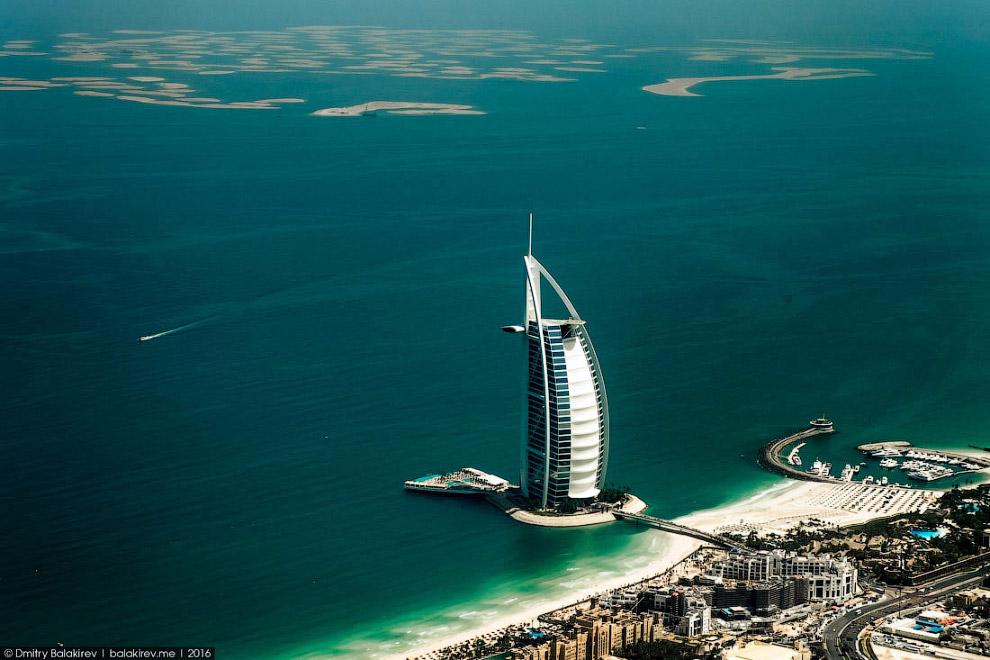9. Район Дубай Марина с искусственно прорытым каналом. 15 лет назад, когда я отдыхал здесь подростко