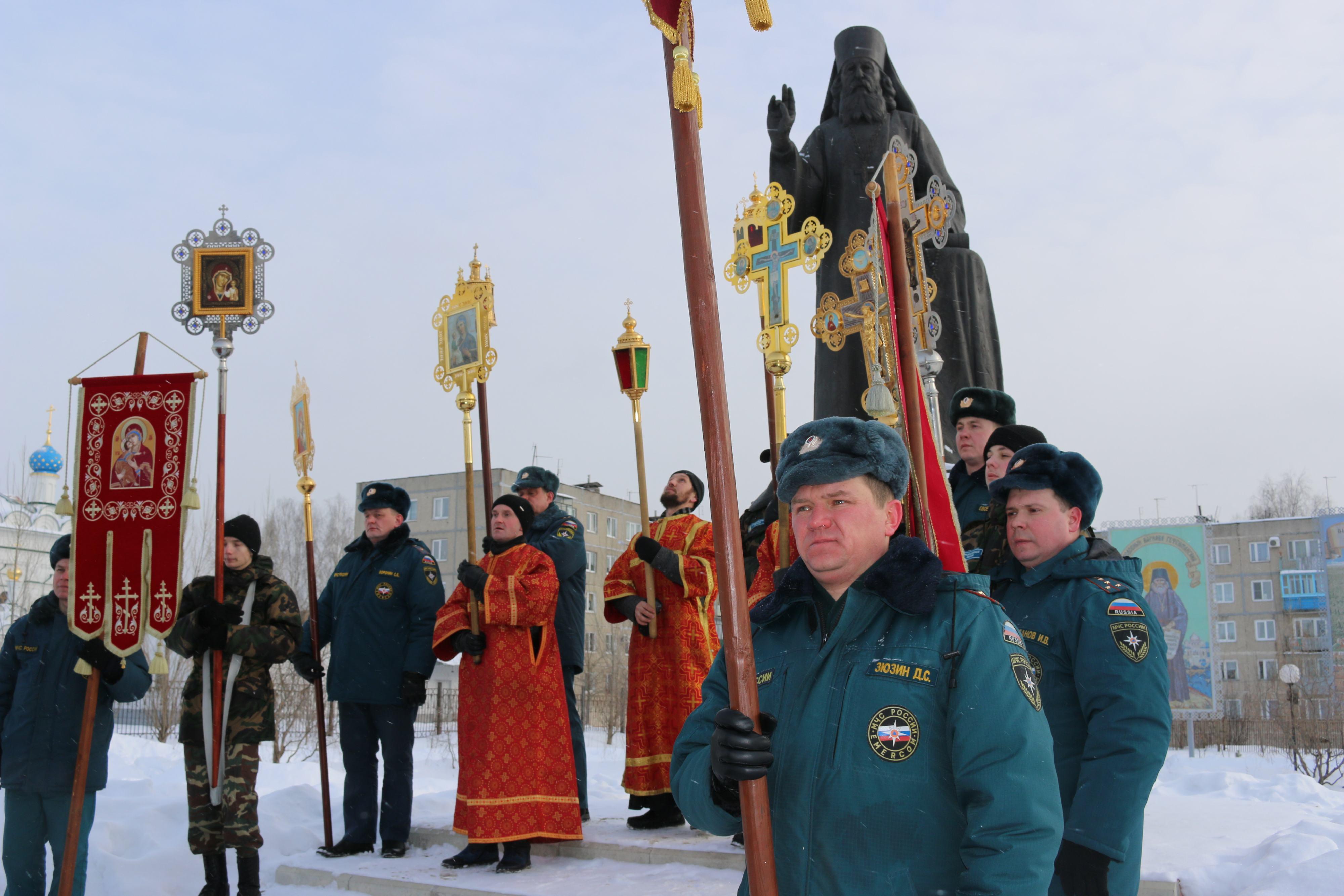 Крестный ход в день памяти новомучеников и исповедников Церкви Русской прошел в Выксе-36