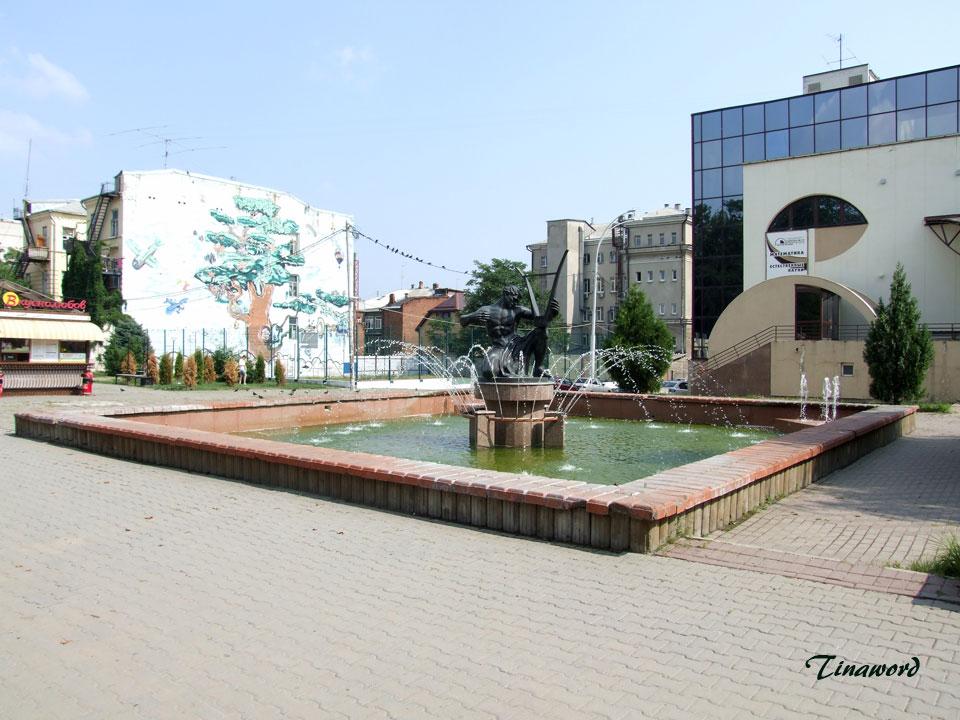фонтан-у-Ф-7.jpg