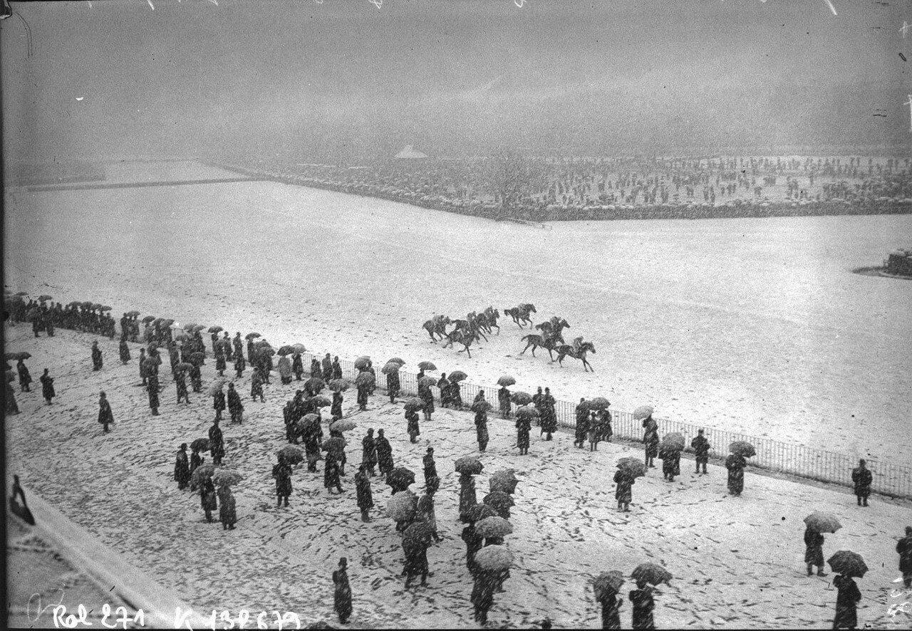 1908. Скачки на ипподроме Отой, 18 марта