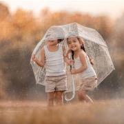 Детки под зонтиком