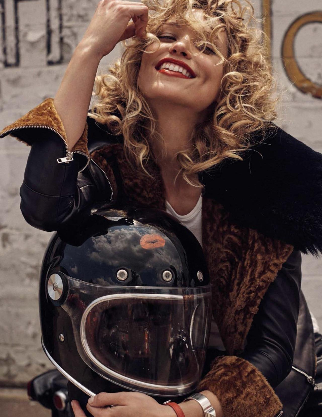 Hot Metal Vogue Spain September 2016 | Hana Jirickova by Benny Horne