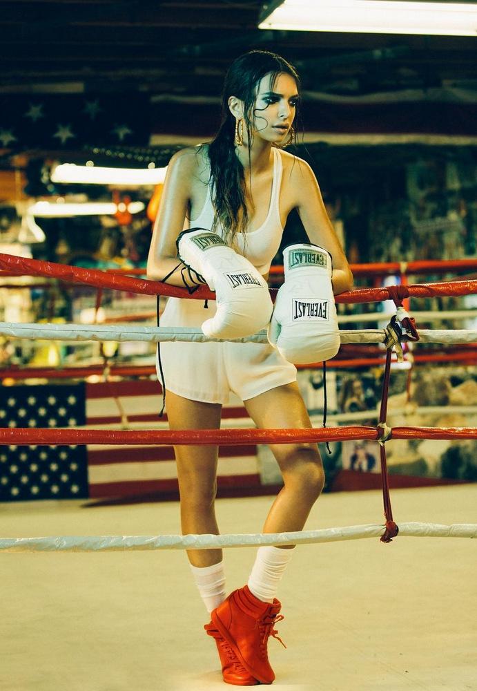 Emily Ratajkowski – Photoshoot by Olivia Malone