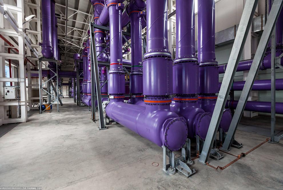 18. Элегаз обладает высокими электроизолирующими и дугогасящими свойствами, высоким напряжением