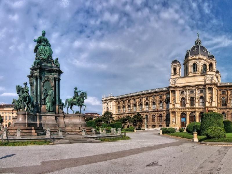 Австрийская Республика опровергла возможность открытия «представительства ЛНР»,— посол
