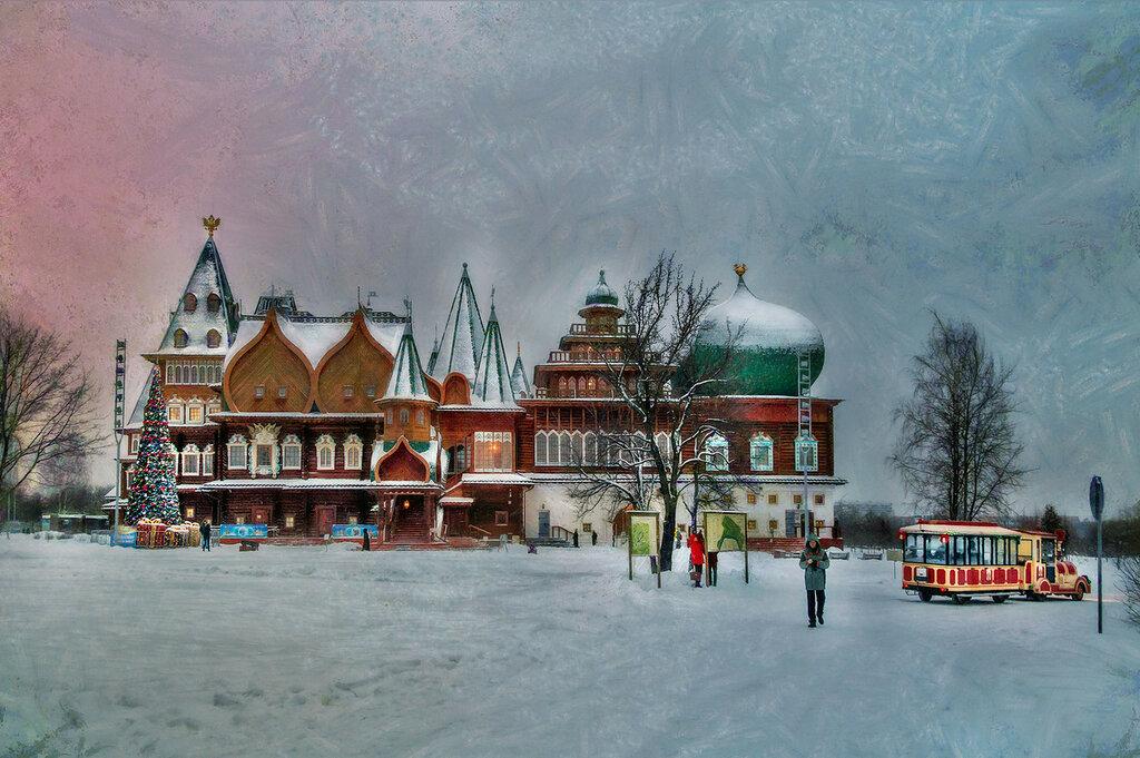 В Коломенском стоит такой дворец