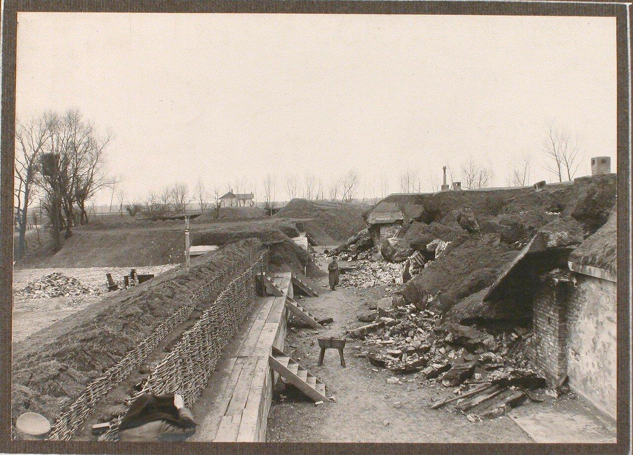 21. Вид разрушенного форта группы Гурко