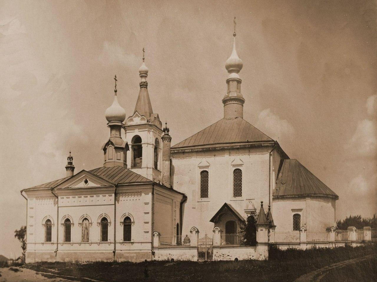 Похвалынская и Варваринская церкви