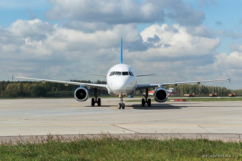 Airbus A321-231 (EI-ETL) Metrojet 240_D801267a