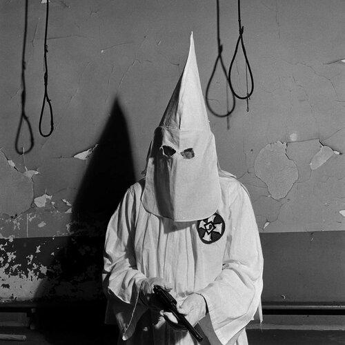 AG-EdwardClark-KKK-Georgie-1946.jpg