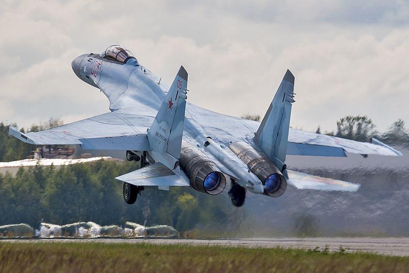Sukhoi_Su-35S_(28333541172).jpg