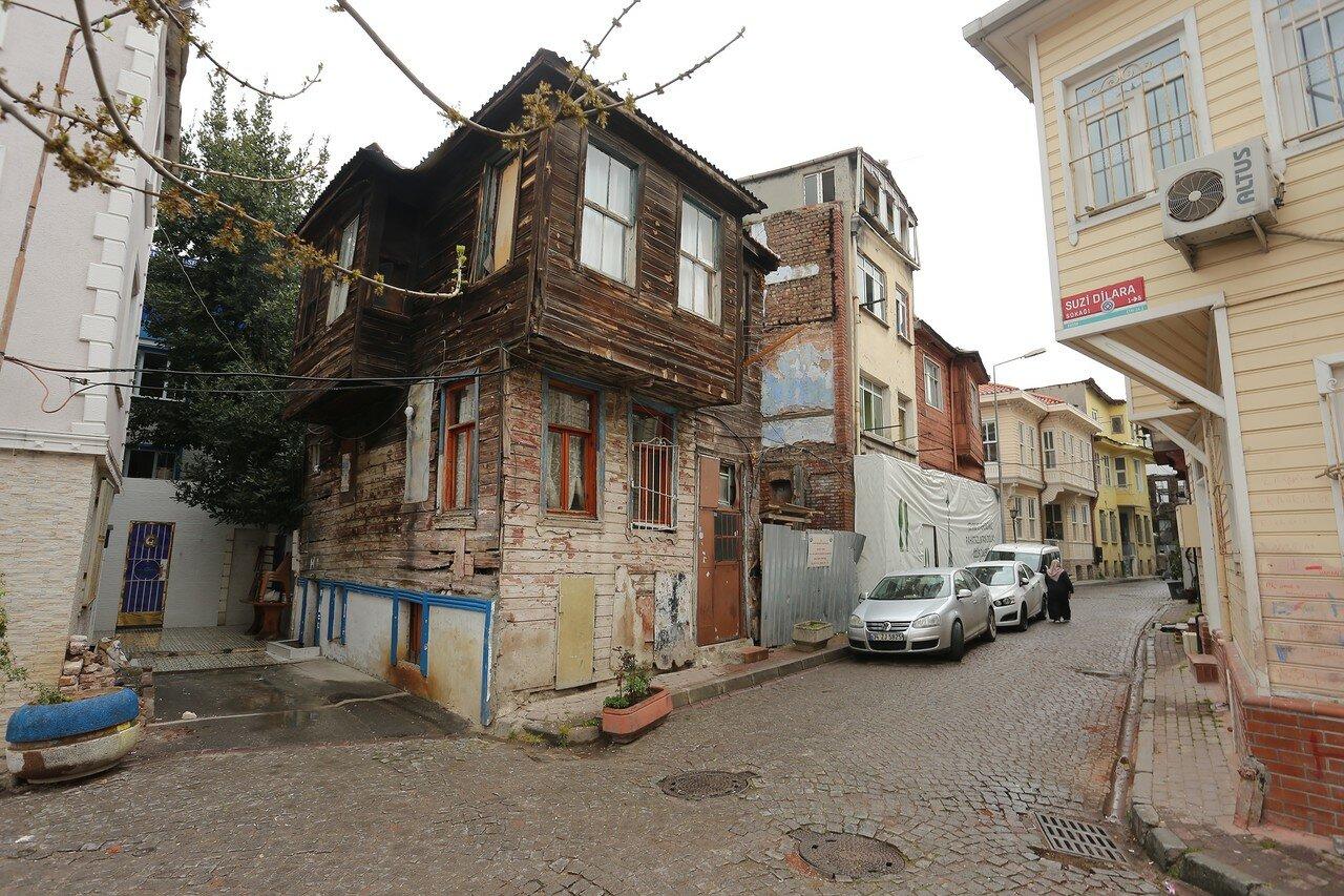 Istanbul.  Suburbs of Little Sofia