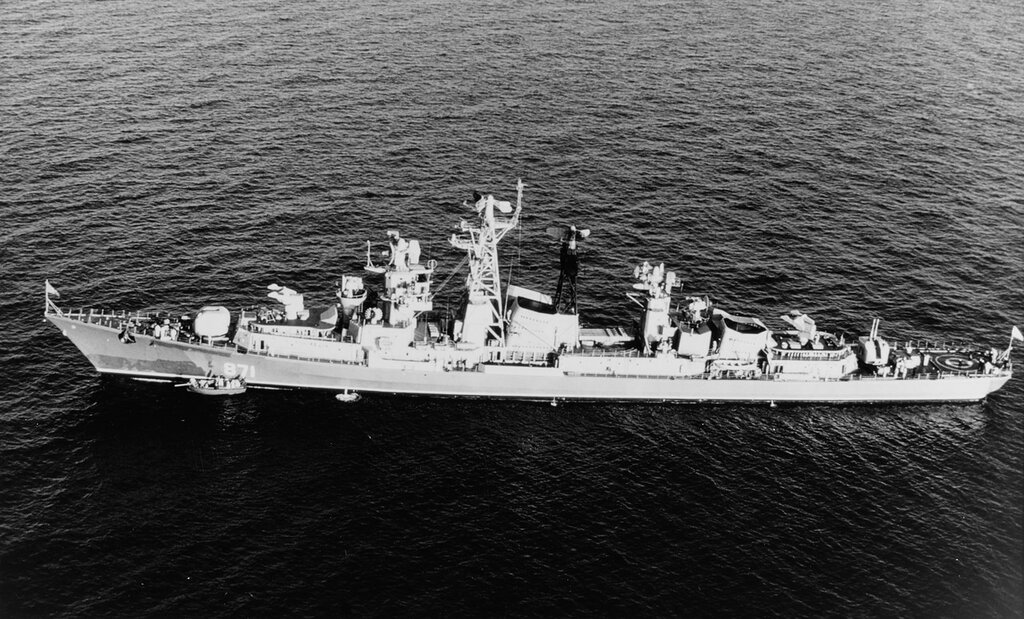 KASHIN CLASS, Soviet guided missile destroyer in the Mediterranean Sea, 1968.