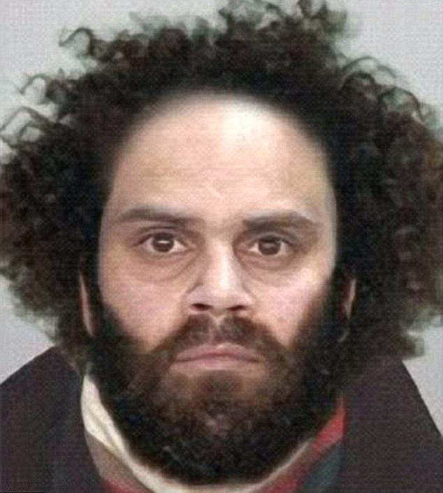 В 2005 году Наден подался в бега. Долгие годы он оставался самым разыскиваемым преступником Австрали
