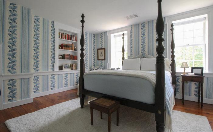15. На втором этаже дома — спальня и две гостевые комнаты.