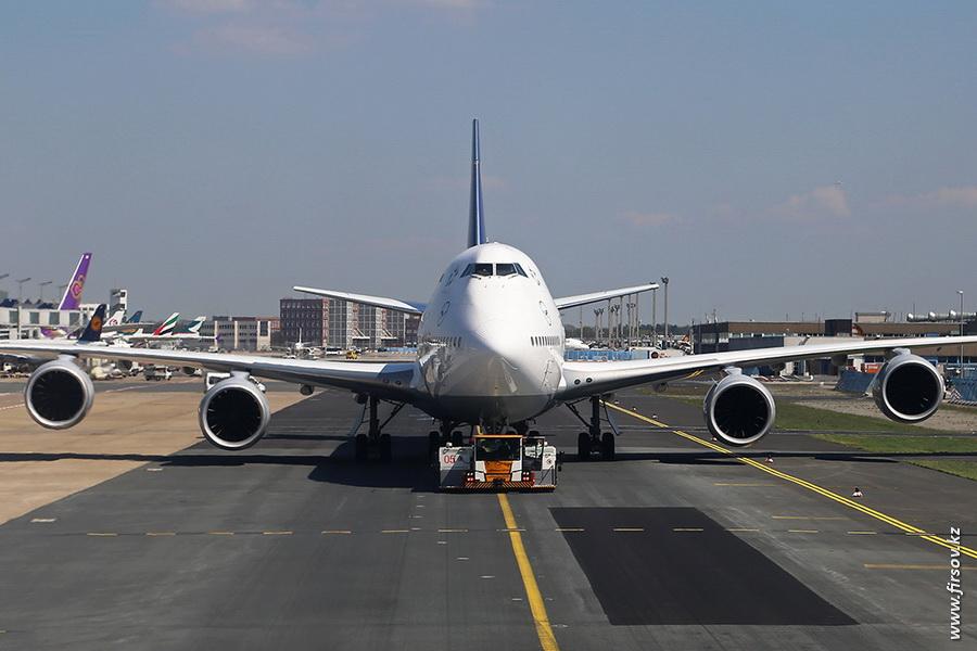 B-747_D-ABYF_Lufthansa_zps22b7ff75.JPG