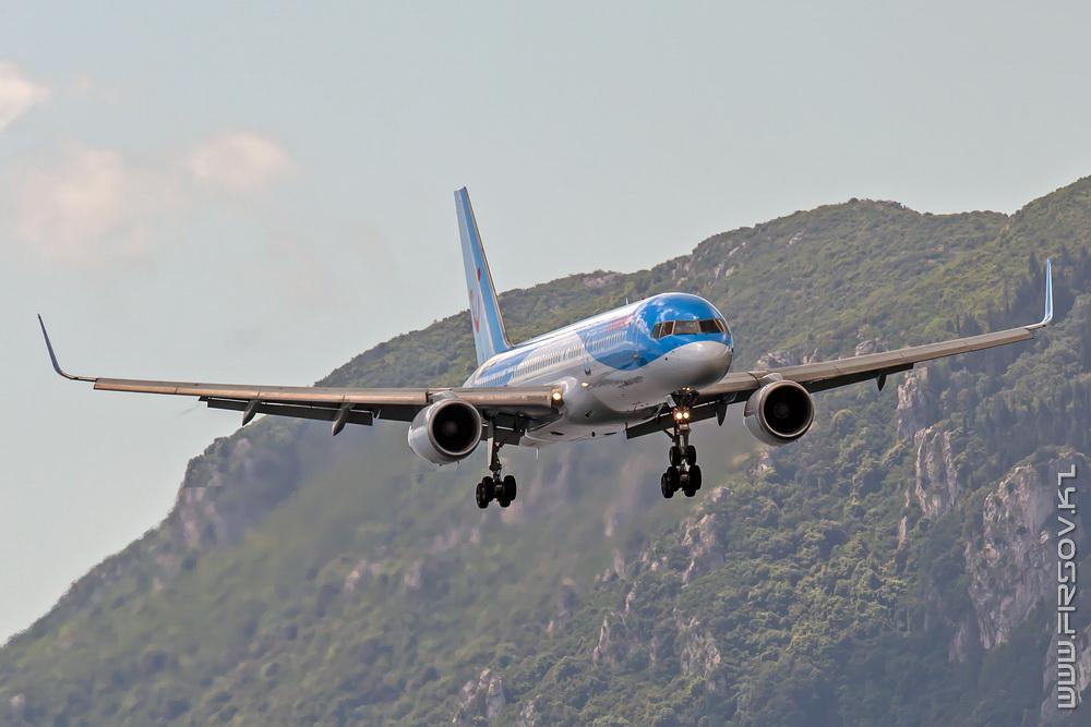 B-757_G-OOBP_Thomson_1_CFU_resize.jpg