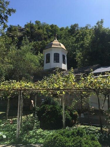 Болгария, Черепишки монастырь