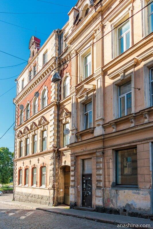 Дома №№2 и 4/2 по Крепостной улице, Выборг