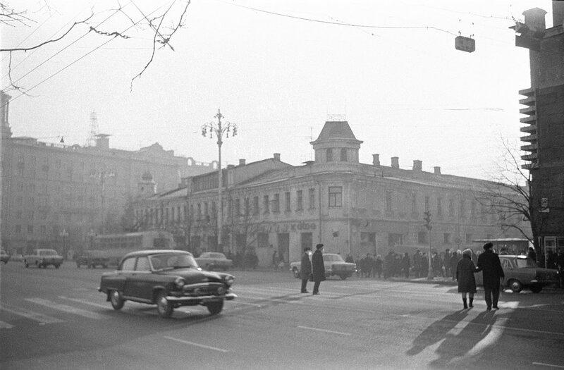 401813 Пушкинская площадь Сергей Бессмертный.jpg