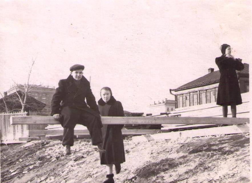1950-е. Улица Право-Кабанная, станция Спартак