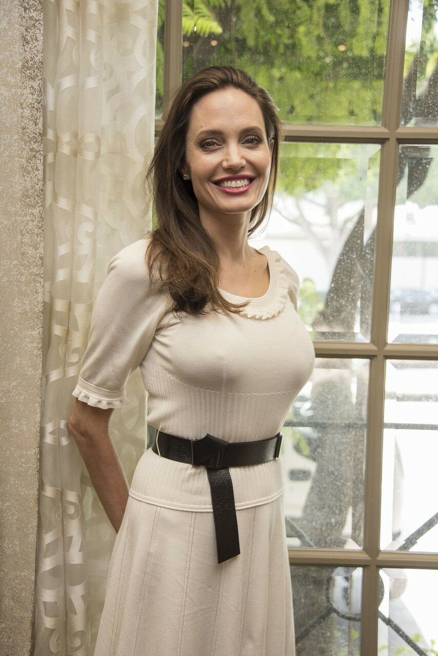 angelina-jolie-first-they-killed-my-father-press-conference-in-beverly-hills-08-25-2017-0.jpg