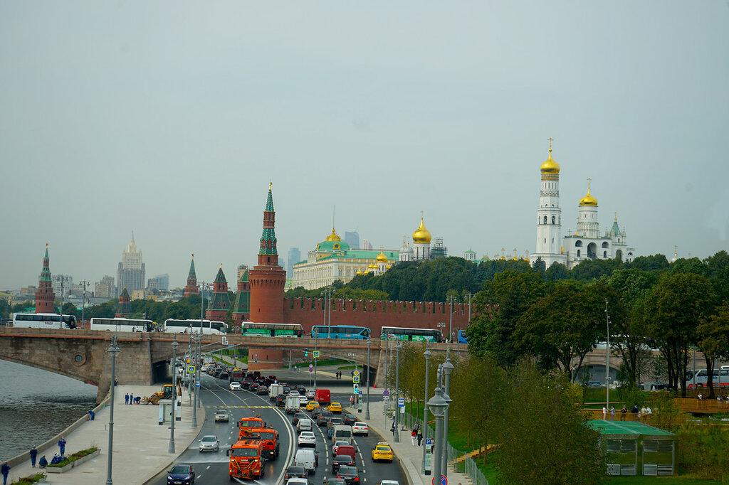 Вид на набережную Москворецкий мост