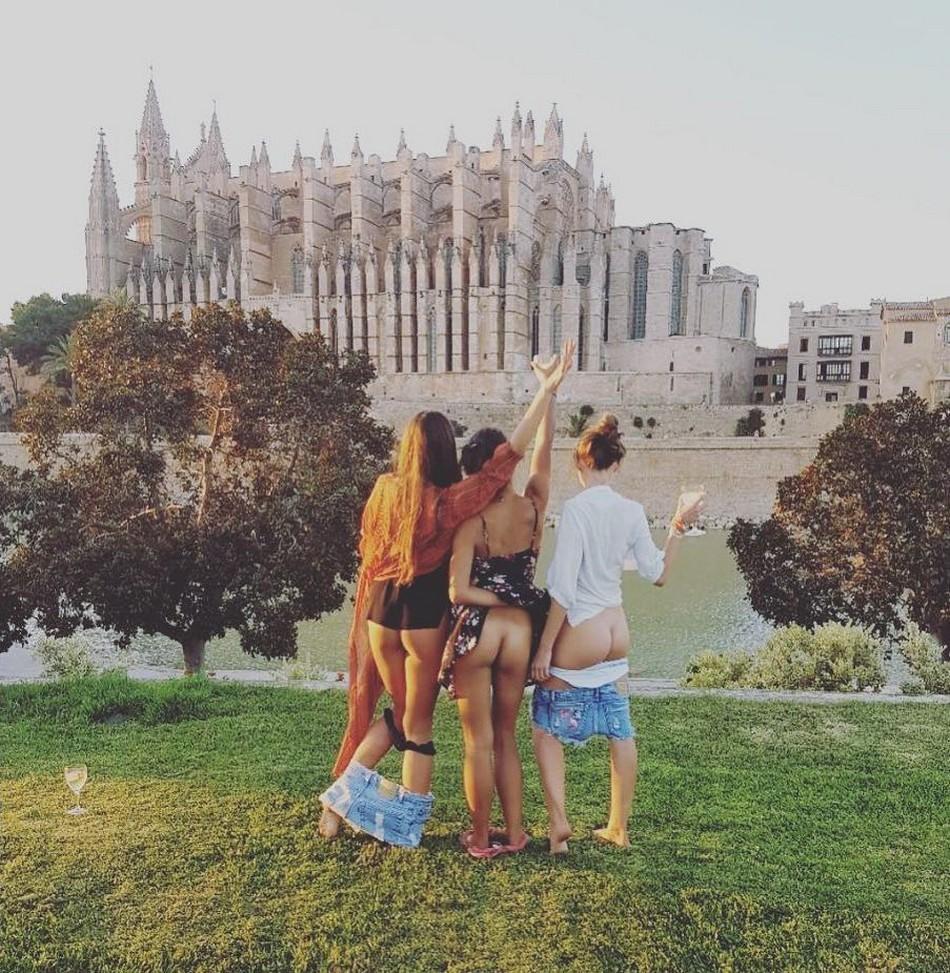 Голозадые путешественники набирают популярность
